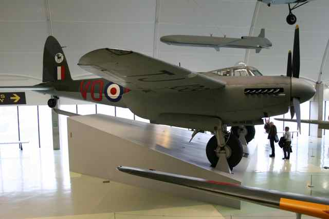 Royal Air Force Museum, Hendon-moss.jpg