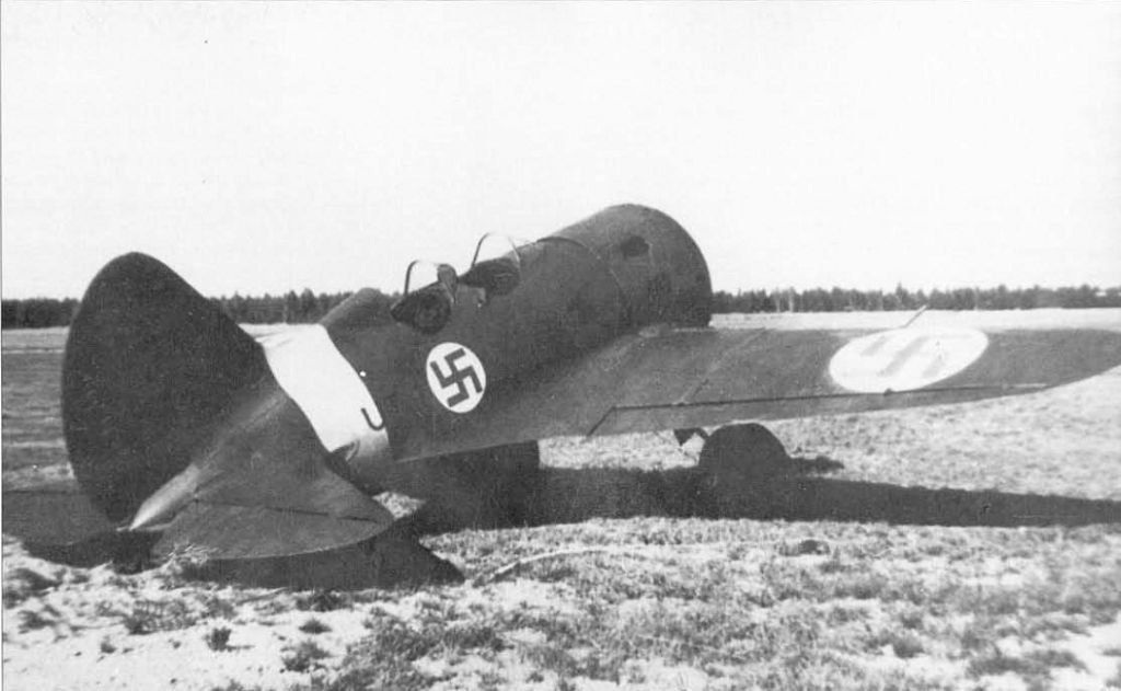 Finland Air Force-polikarpov-uti-4.jpg
