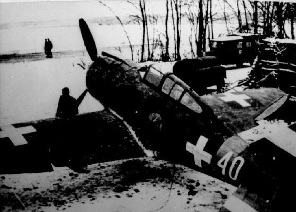 Hungarian Air Force-r2000x26-jpg