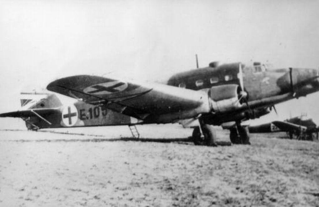 Hungarian Air Force-s75p1-jpg