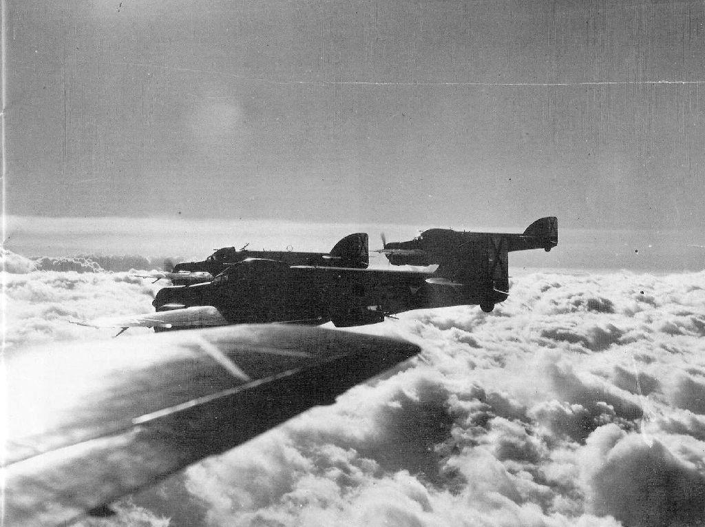 Spanish Civil War: Nationalist Air Force-savoia-20marchetti-20sm-79-20sparviero-200011-jpg