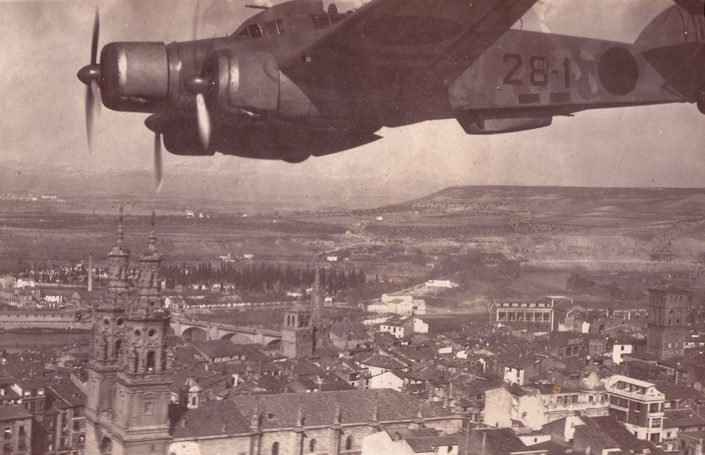 Spanish Civil War: Nationalist Air Force-savoia-20marchetti-20sm-79-20sparviero-200025-jpg