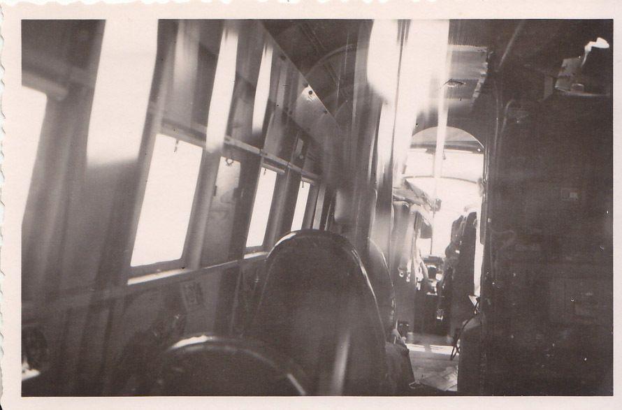 siebel Si204_06_Si 204 D der C 14 Prag-Gbell im Sommer1943 Innenraum.JPG