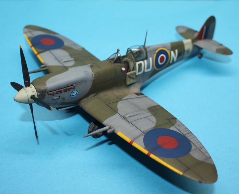 Spitfire Mk Ix C Early Version 1 48 Eduard Aircraft Of World War Ii Ww2aircraft Net Forums
