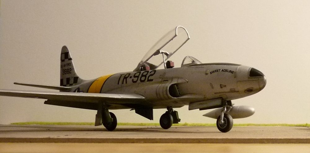 1:48th Lockheed T-33 Shooting Star-t-33-004.jpg