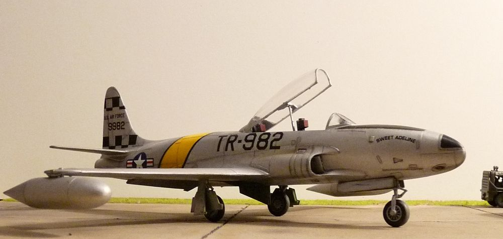 1:48th Lockheed T-33 Shooting Star-t-33-005.jpg