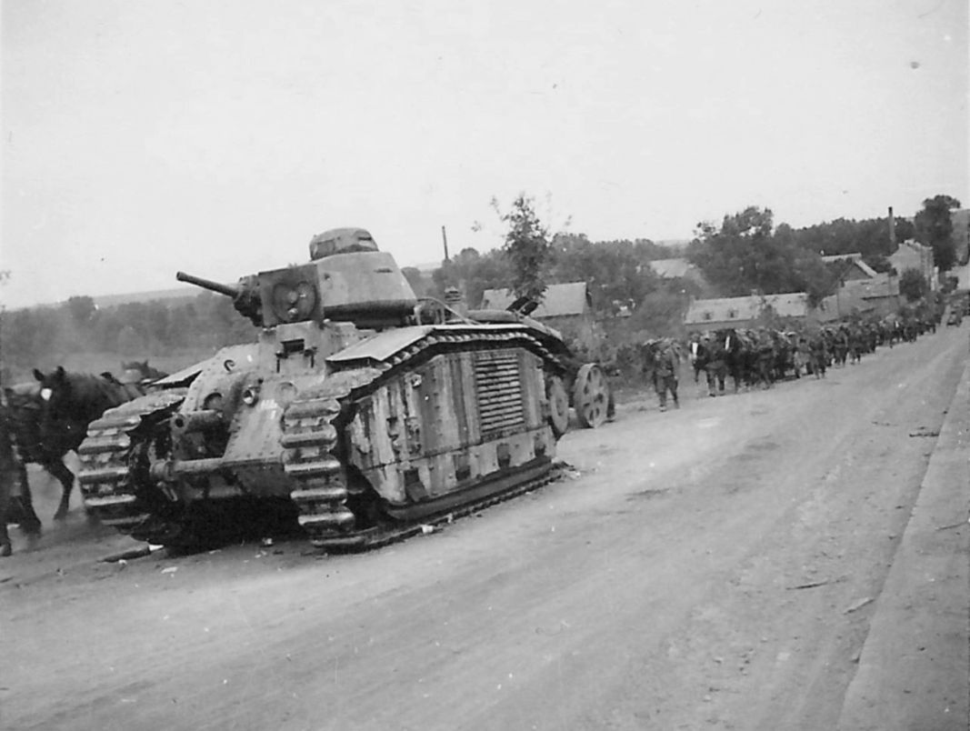 A French tank Char B1-bis no 238 ,France, 1940 | Aircraft of