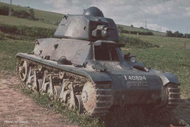 French Hotchkiss tank | Aircraft of World War II